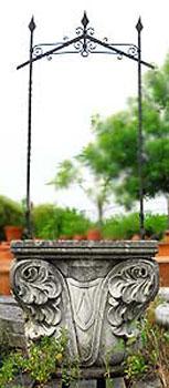 Pozzi in pietra vendita vasi da giardino statue da for Pozzi in pietra da giardino