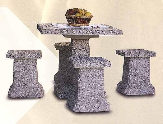 Tavoli e panche in cemento da giardino per interno ed esterno