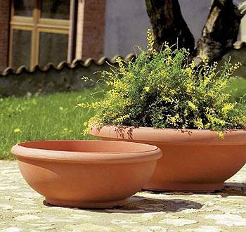 Ciotola giottus in resina vasi in resina e in plastica for Vasi da giardino in plastica