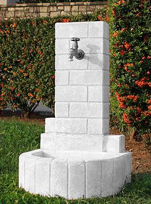 Fontane da giardino vedovella in cemento penelope da interno e da esterno lonardi snc tutto - Fontana a colonna da giardino ...